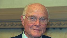 THE ASTRONAUT JOHN GLENN AT THE NATIONAL ASSEMBLY