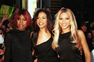 ©2001 RAMEY PHOTO NEW YORK DESTINY'S CHILD leaves the Ed Sullivan theatre , after taping 'The David Letterman Show', whe