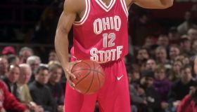 Ohio State guard Scoonie Penn directs play during game again