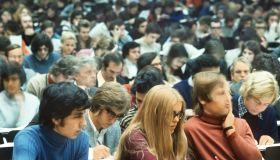 Studenten im Hörsaal der Frankfurter Universität