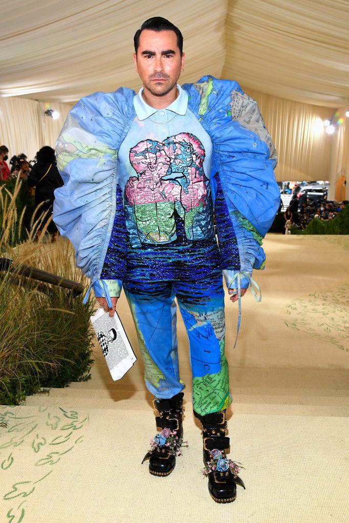 Dan Levy wearing Loewe